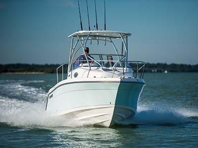 2200-walkaround-century-boats-ny