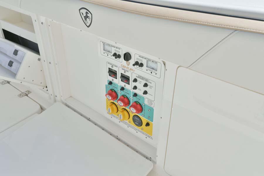 2901 Center Console